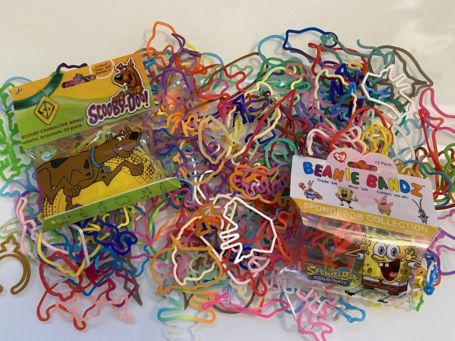 From the Nintendo DS to Silly Bandz, Students Revive Memories of Childhood Toys